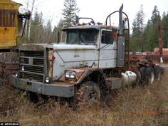 A 1972 HD logging truck, this is only one of two extended hood HD trucks. - W. Bergman collection