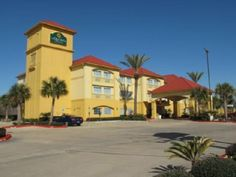Seabrook (TX) La Quinta Inn & Suites Houston NASA Seabrook United States, North America La Quinta Inn & Suites Houston NASA Seabrook is a popular choice amongst travelers in Seabrook (TX), whether exploring or just passing through. The hotel offers guests a range of services and amenities designed to provide comfort and convenience. Service-minded staff will welcome and guide you at the La Quinta Inn & Suites Houston NASA Seabrook. Comfortable guestrooms ensure a good night's ...