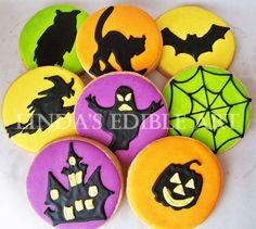 Halloween cookies - pic only Dessert Halloween, Halloween Baking, Halloween Goodies, Halloween Cupcakes, Holidays Halloween, Halloween Treats, Happy Halloween, Halloween Clothes, Fall Cookies