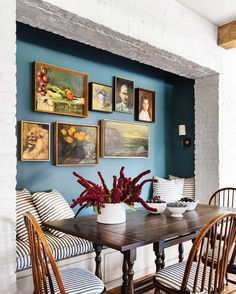 Accent Wall Plan for Dining Room. 20 Accent Wall Plan for Dining Room. How to Use Color In An Open Floor Plan — Old Brand New Indoor Outdoor Kitchen, Deco Studio, Dining Nook, Banquette Dining, Kitchen Dining, Dining Chairs, Cheap Home Decor, Interior Inspiration, Interior Ideas