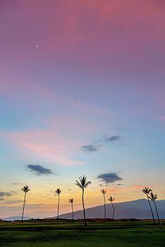 Colourful sky at dusk from kauhale makai on the island of maui, hawaii.