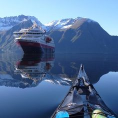 Sea Kayaking Tips Beginners and Pics of Kayaking River Wye Camping. Canoe And Kayak, Kayak Camping, Kayaks, Kayaking Tips, Beautiful Norway, Kayak Adventures, Lofoten, The Great Outdoors, Places To See