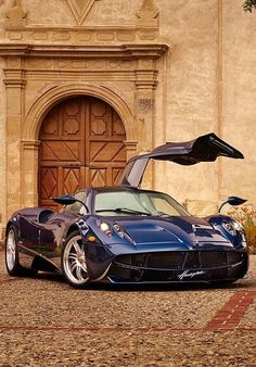 #Pagani #Huayra is in 4th position on Top 10 Most Expensive Cars.