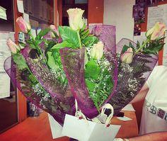 Aromas a flores para premiar los esfuerzos en Farmacia Lali San Sebastián de la Gomera