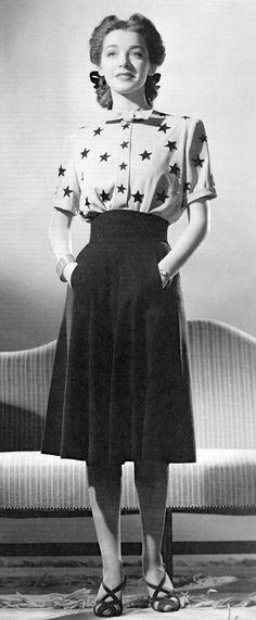 Star Patterned Shirt + Long skirt   1940s Fashion   Vintage Fashion