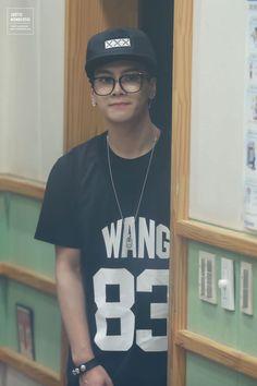 Jackson oh my gosh kiss me with those glasses on❤️❤️