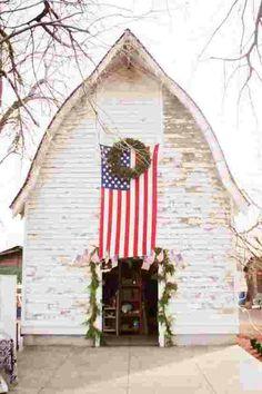Favorite Things Friday - Beachy Farmhouse Tour -