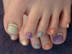 The charisma of nail art will never go to trashcan until girls are ruling this entire universe. Fashion and style although rapidly changes over the time, new an