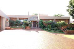 Property for sale in Weltevreden Park