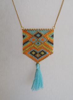 Sautoir, collier long, bijou tissé, perles miyuki, multicolore, style moderne, ethnique, pompon de la boutique izbulle sur Etsy