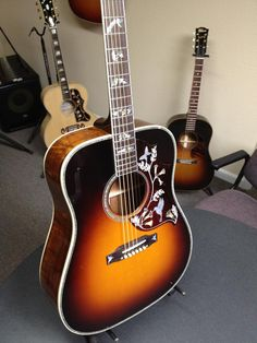 Gibson Custom Order Model 1960s Hummingbird Koa Flame