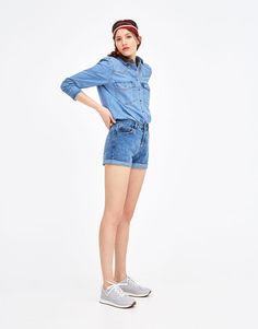 Pull&Bear - woman - clothing - shorts - mom fit denim shorts - medium blue - 09695307-V2018