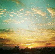 #Skyisthelimit #skycolours #catchingcolours #colori #natura #cielo #scatti