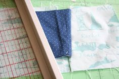 badskirt: Airplane Block Tutorial Airplane Quilt, Quilt Blocks Easy, Quilting, Barn Quilt Patterns, Baby Boy Quilts, Thing 1, Missouri Star Quilt, Projects To Try, Sewing