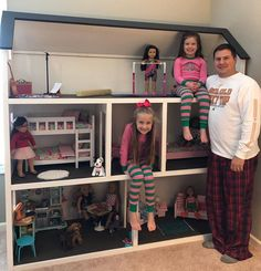 american girl house American Girl Dollhouse with Farmhouse Bed, Bunk Bed, and Furniture American Girl Storage, American Girl Beds, American Doll House, Ropa American Girl, American Girl Doll Sets, American Girl Furniture, American Girl Parties, Girls Furniture, American Girl Crafts