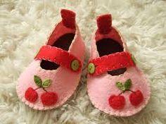 Resultado de imagem para baby shoes felt
