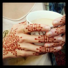 design by Ana Warren of Blooming Lotus Henna