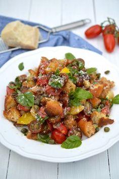 Hunan style sauté pork with pepper Salad Recipes, Healthy Recipes, Healthy Food, Tomato Bread, Bread Salad, Ciabatta, Kung Pao Chicken, Ratatouille, Salads