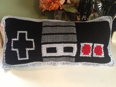Yarn Bending: Nintendo Controller Pillow - Tunisian Crochet
