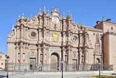 Fachada principal de la Catedral de Guadix, una maravilla del Arte Barroco andaluz #barroco #baroque #Guadix #arteviajero #andalucia