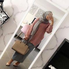 @inspirationofahijaaabi ~~~~~~~~~~~~~~~~~~~~ FOLLOW @hijabstyleicon #tesettur#hijabfashion #hijabstyle #hijabbeauty #winter #hijabvideod #hijabstyleicon # #hijabmurah #hijabinstan #beautiful #hijabmurah #hijabers #hijabtutorial #hijabvideo #ksa #qater #oman #egypt #turkey #uk #usa
