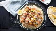 Brochettes de poulet et halloumi - Cuisinez! - Télé-Québec Quebec, Poulet Shish Taouk, Middle Eastern Recipes, Paella, Bbq, Curry, Keto, Nutrition, Chicken