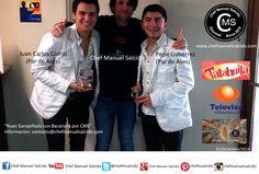 """con Juan Carlos Corral (Par de Ases) y Pepe Gutiérrez (Par de Ases), con nuestra """"nuez garapiñada con bacanora por cms""""!!! buena vibra!!! #chefcms #pardeases #nuezhermosillo #nuez #garapiñada #bacanora #ando #embajador #denominacióndeorigen #cultura #handmade #artesanal #liverpool #hermosillo #televisa #televisahermosillo"""