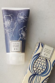 these winter blooms hand creams make great stocking stuffers! Cosmetic Labels, Cosmetic Packaging, Beauty Packaging, Brand Packaging, Packaging Design, Branding Design, Vanilla Chai, Label Design, Graphic Design