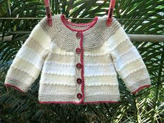 Baby Knitting Patterns Neutral Ravelry: sofiecat& Shades of neutral baby cardi Knitting For Kids, Baby Knitting Patterns, Free Knitting, Knitting Projects, Stitch Patterns, Moss Stitch, Seed Stitch, Chenille Blanket, Knitted Baby Clothes