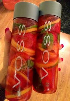 Detox Water / Spa Water Recipe This looks amazing!!