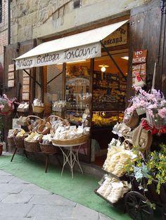 Arezzo: Tuscany's Medieval Gem - Italy