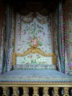 Marie Antoinette's bed at Versailles