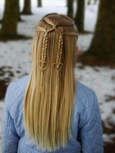 Cutest winter half up braided hairstyles for long hair to sport in 2018 if you are looking for best winter hairstyles to wear in 2018 wear these elegant hairstyles trends for braids to make you look extra attractive and awesome Cool Braid Hairstyles, Easy Hairstyles For Long Hair, Winter Hairstyles, Braids For Long Hair, Little Girl Hairstyles, Elegant Hairstyles, Hairstyle Ideas, Hairstyles 2018, Wedding Hairstyles