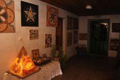 El pasado 21 de junio, Antonio Bello conocido como el Alquimista, reúne a un grupo de amigos y personas relacionadas con el Camino de Santiago en su casa de San Xil
