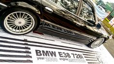 BMW E38 728i