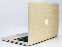 <Maple Wood (メイプル) for MacBook Pro Retinaディスプレイ 15>メイプルの木を、本物以上に模しています。