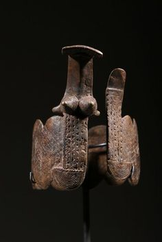 Africa Bracelet from the Lobi people of Burkina Faso Bronze Ethnic Jewelry, African Jewelry, African Bracelets, Afrique Art, Snake Jewelry, Historical Art, Indigenous Art, Ancient Jewelry, Ancient Artifacts