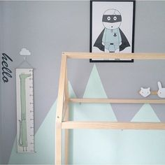 Oh Jasper your room is perfection! Styled to a tea! And added to the awesome-ness our Croc Canvas Height Chart!  Head to our website to check out the rest of the illustrated clan which you can purchase now! Unique gift or just for you.  Link in bio.  And start follow @jazura_ivy for more styled delights!  by almacustomdesigns