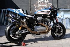 Paolo Blora nel Trofeo Harley-Davidson XR1200 - Love this Harley