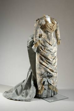 Evening dress, 1883. Printed silk moiré, faille, lace. Charles Frédérick Worth, France. Front