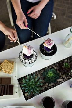 Red wine marshmallow s'mores recipe