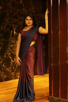 Telugu TV anchor/actress Sonia Chowdary latest photos in saree. Sonia Chowdary is an Indian film Actress, who has worked predominantly in Telugu industry. Indian Girl Bikini, Indian Girls, Bollywood Actress Hot Photos, Bollywood Fashion, Actress Photos, Beautiful Saree, Beautiful Indian Actress, Low Waist Saree, Maroon Saree