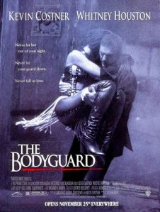 The Bodyguard Directed by Mick Jackson. With Kevin Costner, Whitney Houston, Gary Kemp, Bill Cobbs. A former Secret Service agent takes on the job of bodyguard to a pop singer, whose lifestyle is most unlike a President's. Beau Film, 90s Movies, Great Movies, Watch Movies, Love Movie, Movie Tv, Kevin Costner Whitney Houston, The Bodyguard Movie, Film Black