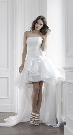 e5e07b97b4b4 Per voi alcune nostre proposte pensate proprio per la sposa che non ama  l abito tradizionale. Che ne pensate  www.AbitiperSposa.it