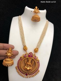 Temple Jewellery available at AnkhJewels for booking msg on Pearl Necklace Designs, Gold Earrings Designs, Onyx Necklace, Silver Jewellery Indian, Temple Jewellery, Gold Jewellery, Pearl Jewelry, Silver Jewelry, Quartz Jewelry