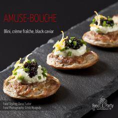 Blini creme fraiche black caviar Mini Appetizers, Creme Fraiche, Appetisers, Caviar, Food Styling, Food Photography, Baking, Ethnic Recipes, Party