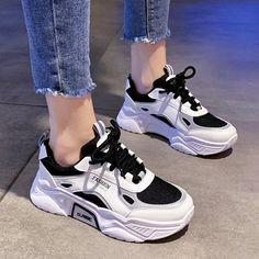 Dr Shoes, Swag Shoes, Hype Shoes, Jordan Shoes Girls, Girls Shoes, Tenis Old School, Korean Shoes, Kawaii Shoes, Mode Kpop