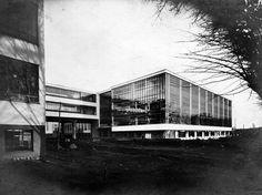Lucia Moholy, Walter Gropius: Bauhausneubau Dessau, Werkstättenbau