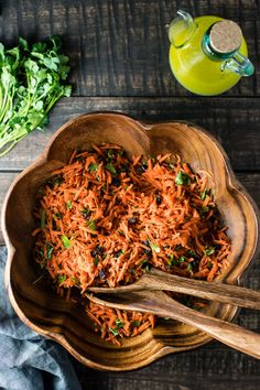 Moroccan Spiced Carrot Salad - Paleo and vegan
