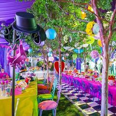 Regram from of a fun and colorful Alice in wonderland Party. Alice In Wonderland Tea Party Birthday, Alice In Wonderland Birthday, Mad Hatter Party, Mad Hatter Tea, Mad Hatters, Birthday Party Decorations, Birthday Parties, Wedding Parties, Mad Tea Parties